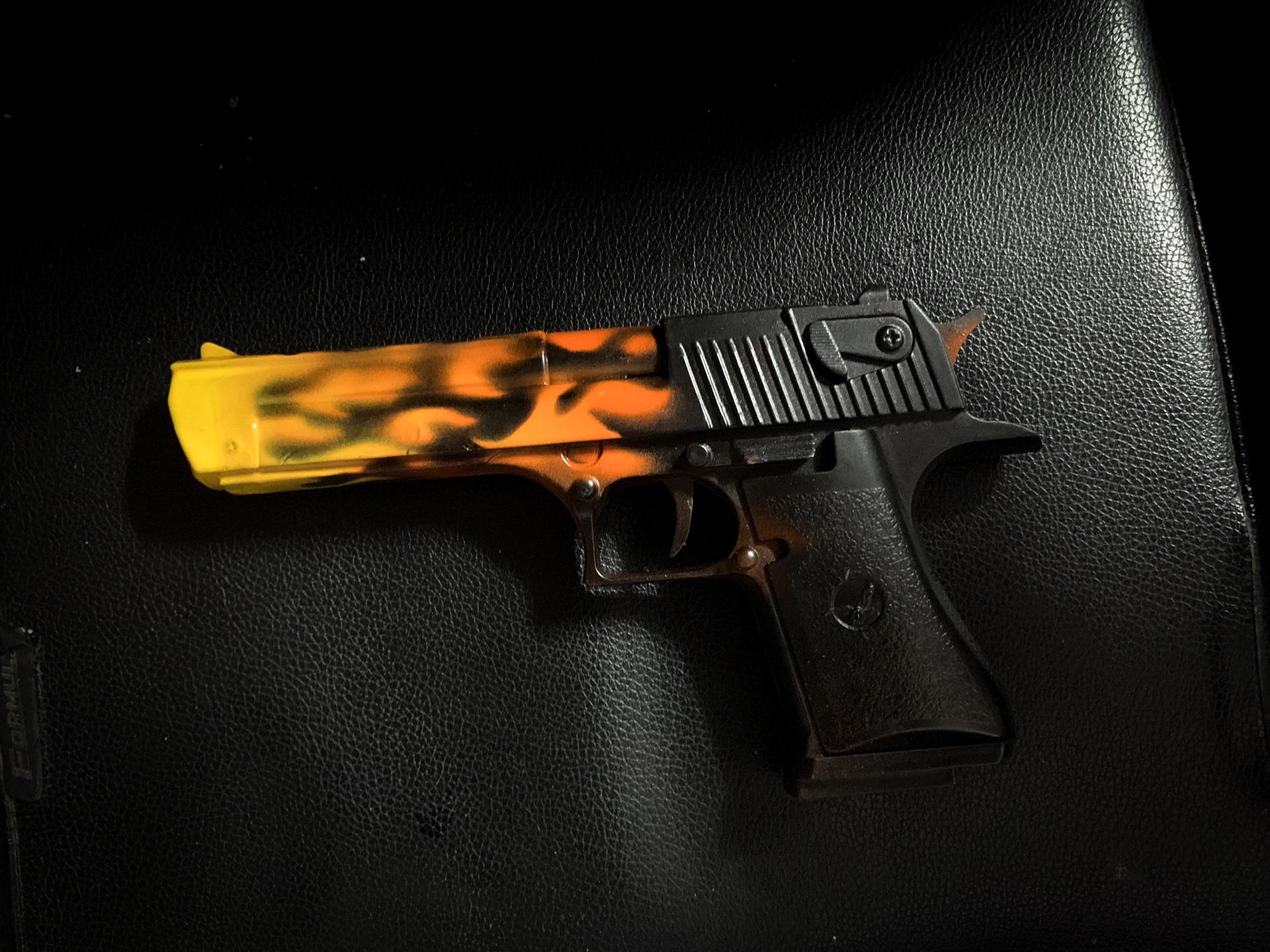 Súng mô hình kim loại Desert Eagle DE Blaze CSGO số 1